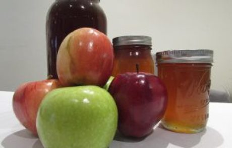 Towards Rosh Hashana: 10 tips to help you get through the holiday healthily